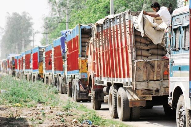 घटस्थापनादेखि  ठूला ट्रकलाई काठमाडौं प्रवेशमा रोक